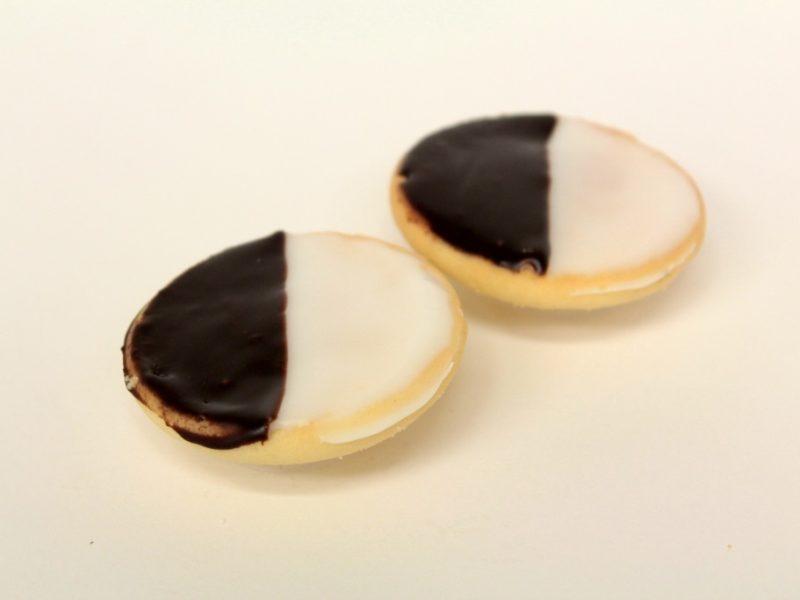 Mini Black and White Cookies per Pound